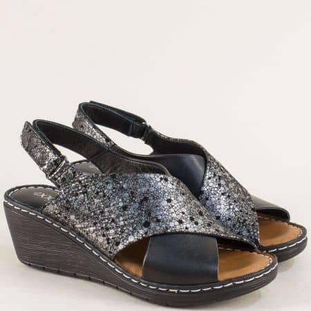 Кожени дамски сандали в черно и сребро на клин ходило 180277070chsr