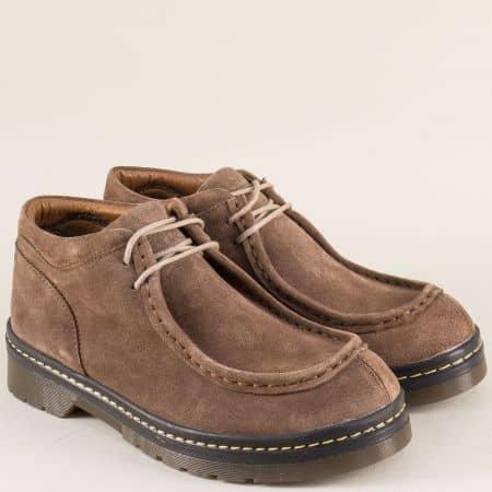 Велурени дамски обувки на стабилен нисък ток в кафяв цвят 1803vk
