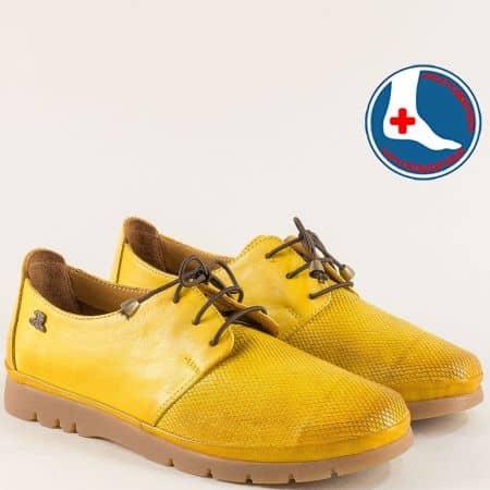 Ортопедични дамски обувки с ластични връзки в жълто 1813605j