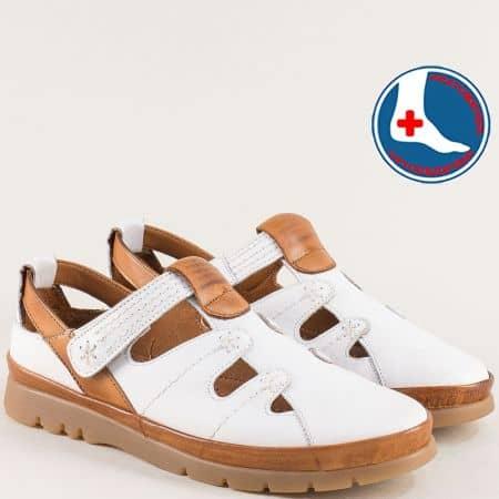 Ортопедични дамски обувки от естествена кожа в бяло и кафяво 1813606bk