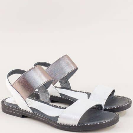Бели дамски сандали от естествена кожа с ластик 1819b