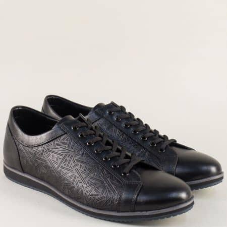 Черни мъжки обувки от естествена кожа с релефен принт 18200ach