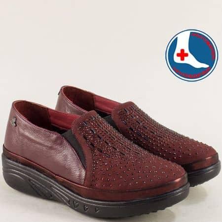 Дамски обувки от естествен набук и кожа в бордо 1820504bd