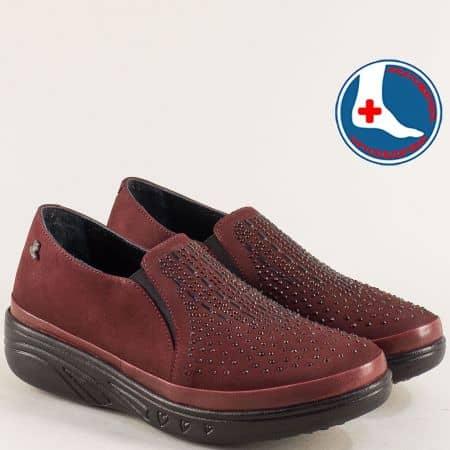 Ортопедични дамски обувки на платформа в бордо 1820504nbd