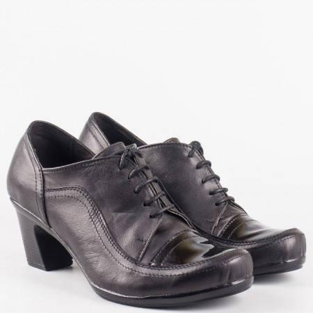 Дамски ежедневни обувки от естествена кожа и лак на утвърден български производител в черен цвят 1824810chlch