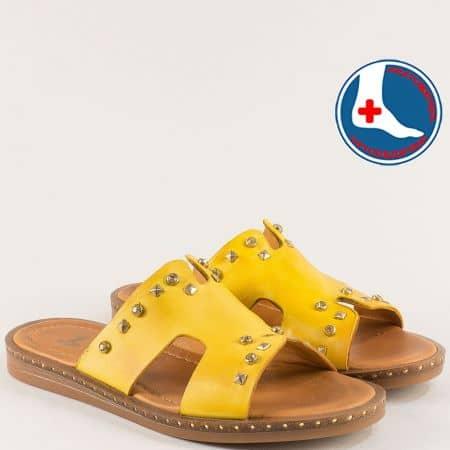 Ортопедични дамски чехли от естествена кожа в жълто 1856806j