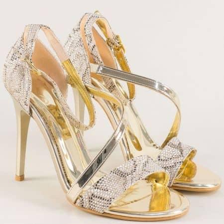 Златни елегантни дамски сандали със змийски принт на ток 1857zl