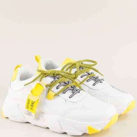 Дамски маратонки в жълто и бяло на удобно ходило 188-40b