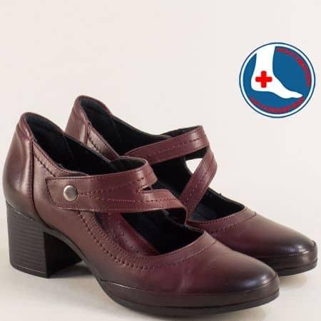 Ортопедични дамски обувки на среден ток в цвят бордо 1911904bd1