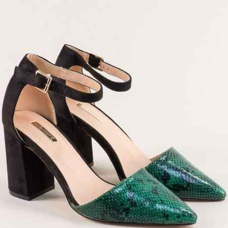 Дамски обувки със змийски принт в зелено и черно 19294z