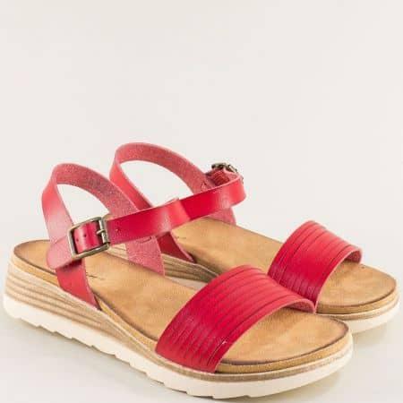 Дамски сандали- MAT STAR в червен цвят на платформа 195025chv