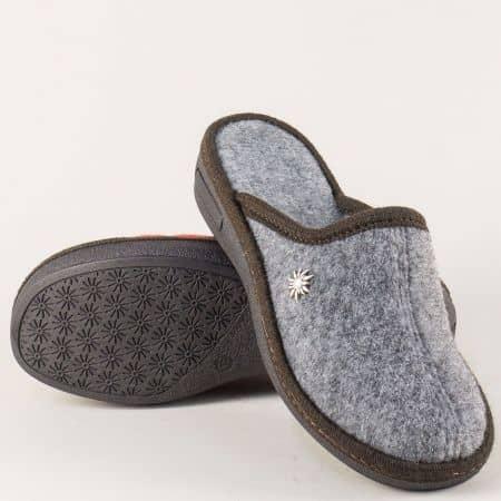 Сиви дамски чехли за дома на равно ходило 19617sv