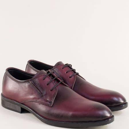 Мъжки обувки от естествена кожа в цвят бордо с връзки 1bd