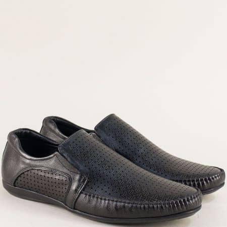 Кожени мъжки обувки с перфорация в черен цвят 2009ch