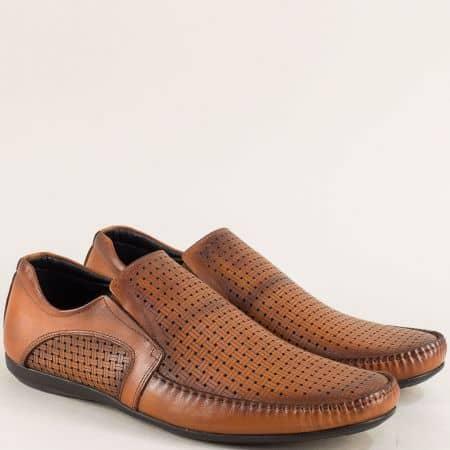 Кафяви мъжки обувки с перфорация и два ластика 2009k