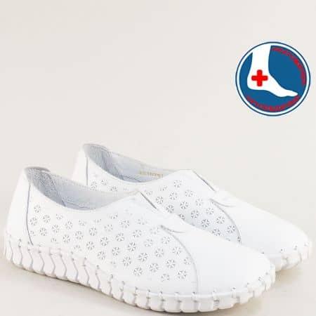 Бели дамски обувки от естествена кожа с ластик 2010701b
