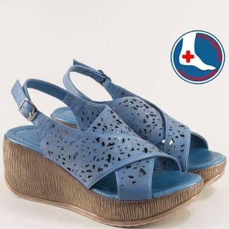 Кожени дамски сандали на платформа в син цвят 2014402s
