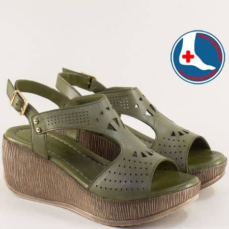 Зелени дамски сандали от естествена кожа на платформа 2014404z