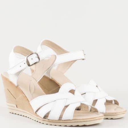 Бели дамски сандали с кожена стелка на клин ходило  20215462b