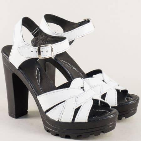 Бели дамски сандали на висок ток и платформа 20215493b