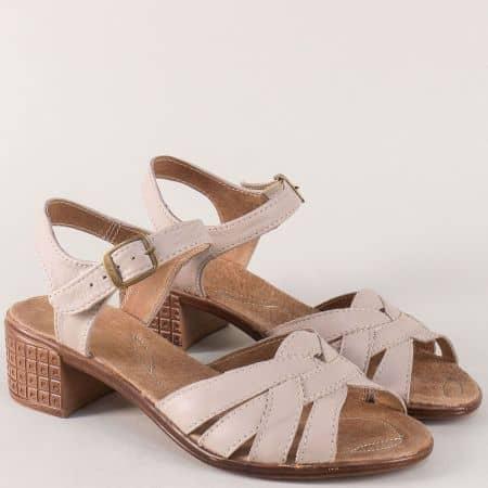 Бежови дамски сандали на среден ток от естествена кожа  2027251bj