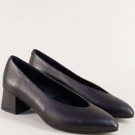 Кожени дамски обувки на нисък ток в черен цвят 2028ch