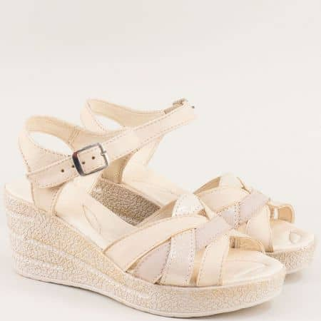 Бежови дамски сандали на клин ходило с кожена стелка 20296145bj