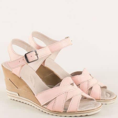 Розови дамски сандали на клин ходило с кожена стелка 20215462rz