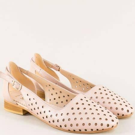 Кожени дамски обувки с перфорация в розов цвят 205srz