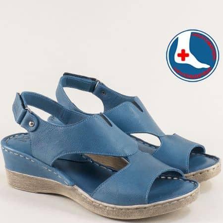 Сини дамски сандали на клин ходило от есествена кожа 20981103s