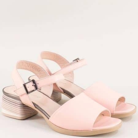 Розови дамски сандали на среден ток с кожена стелка 2187rz