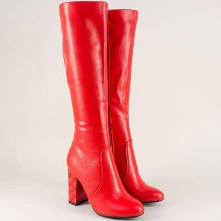 Червени дамски ботуши на стабилен висок ток 21930chv