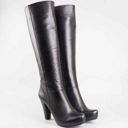 Дамски комфортни ботуши произведени от висококачествена естествена кожа на грайферно ходило в черен цвят 220ech