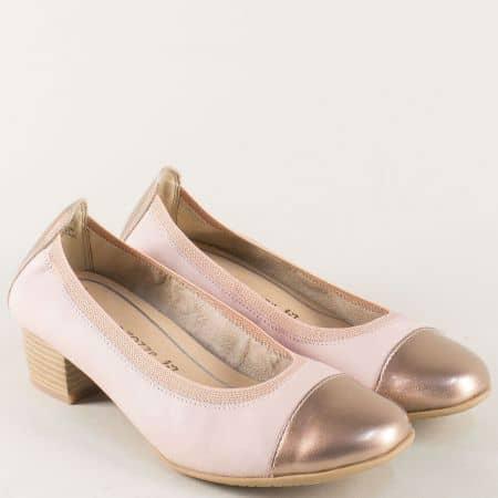Розови дамски обувки на среден ток от естествен лак и кожа 222307rz