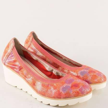 Дамски обувки от естествена кожа в оранж на клин ходило 222427o