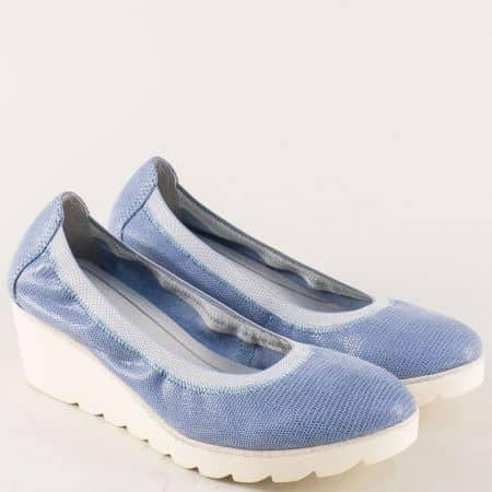 Сини дамски обувки на клин ходило от естествена кожа 222427s