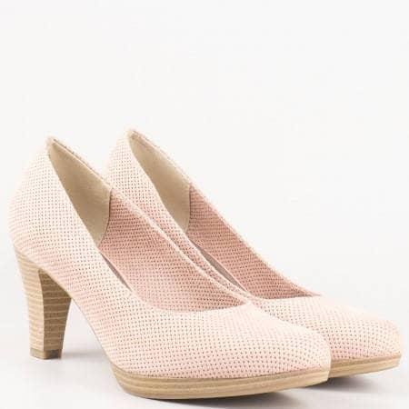 Дамски обувки на висок стабилен ток с перфорация на немския производител Marco Tozzi в розов цвят 222445nrz