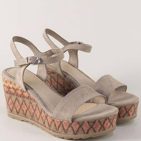 Бежови дамски сандали на пъстра платформа- Marco Tozzi  2228359bj