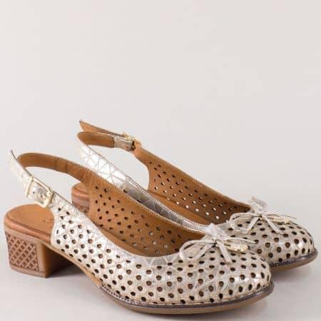 Перфорирани дамски обувки на нисък ток в златисто 2234zl
