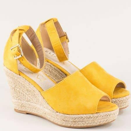 Жълти дамски сандали със затворена пета на клин ходило 2236vj