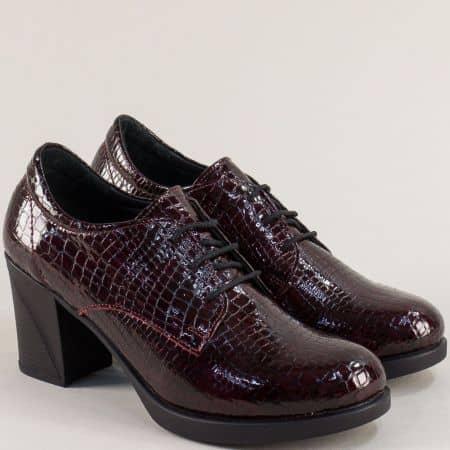 Дамски обувки на ток естествен лак в бордо 22512krlbd