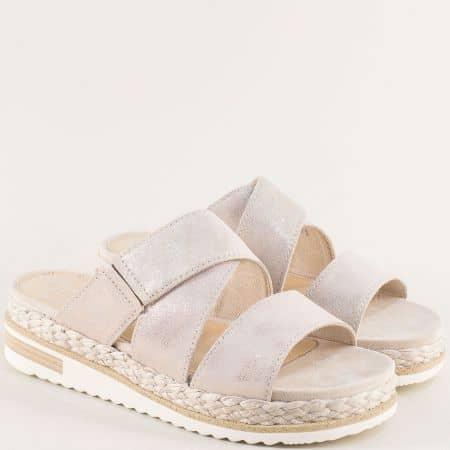 Бежови дамски чехли Marco Tozzi на платформа от естествена кожа 227121bjzl