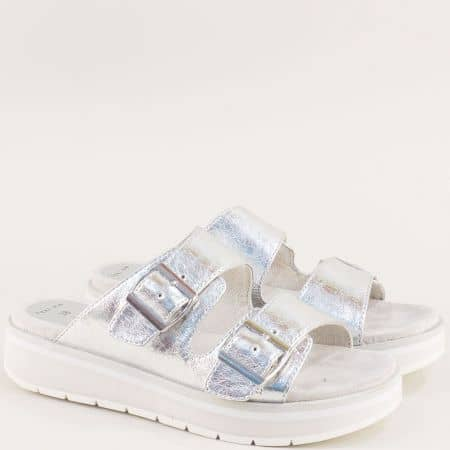 Сребристи дамски чехли с катарами на платформа на Marco Tozzi 227206sr