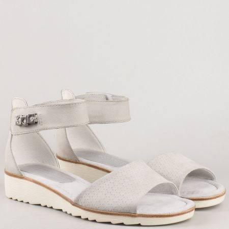 Дамски сандали изработени от висококачествена естествена кожа със стелка от мемори пяна на немския производител Marco Tozzi в сив цвят 228604sv