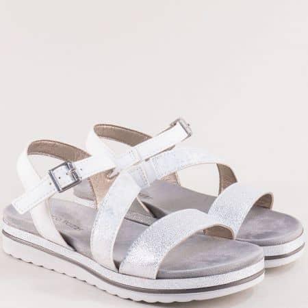 Равн дамски сандали в бяло и сребро- Marco Tozzi  228627sr