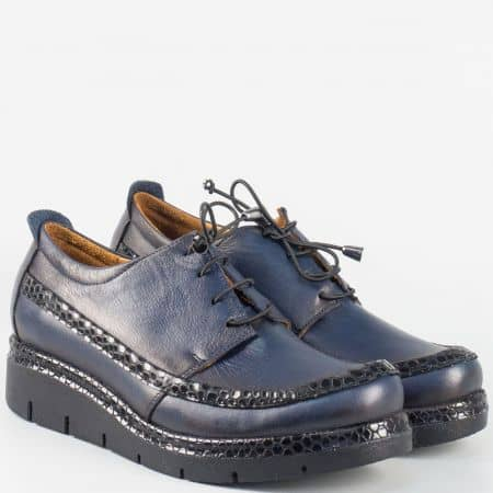 Комфортни дамски обувки от естествена кожа и лак в синьо 229krs