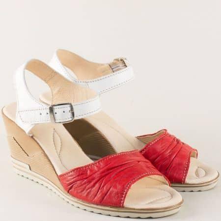 Кожени дамски сандали на клин ходило в червено и бяло 23915462bchv