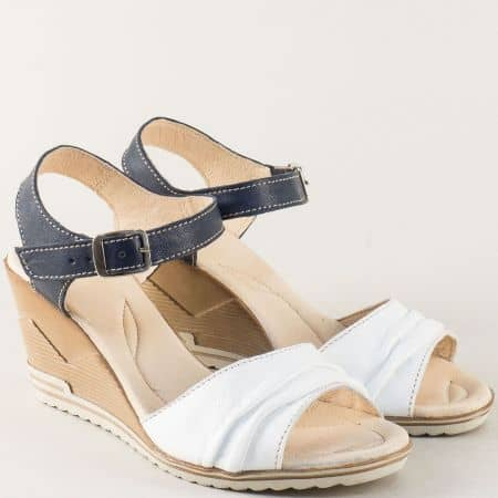 Дамски сандали от естествена кожа в бяло и синьо 23915462bs