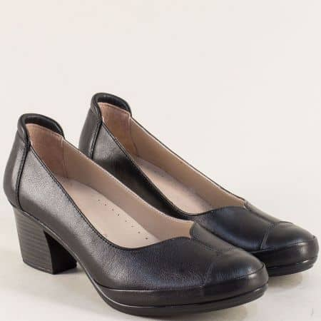 Черни дамски обувки с кожена стелка и среден ток 2400ch