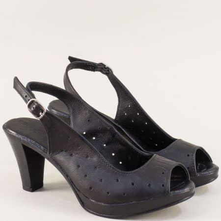 Перфорирани дамски сандали на висок ток в черен цвят 2436843ch